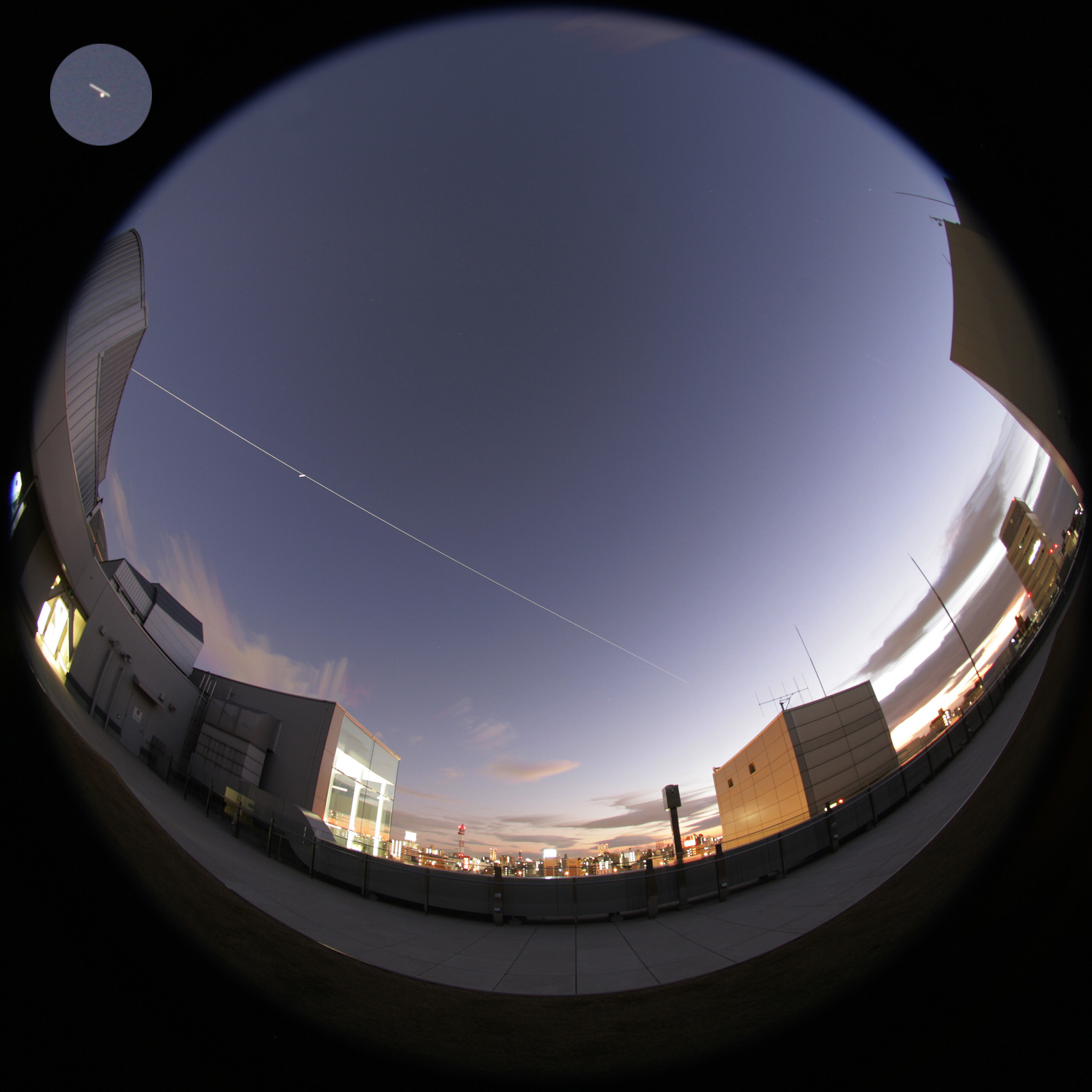 http://www.ncsm.city.nagoya.jp/study/astro/20111217_4202-4272_m.jpg
